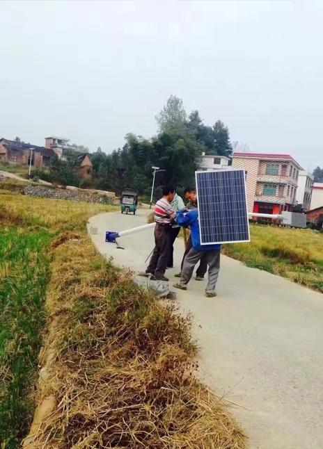 安徽省马鞍山市太阳能路灯施工案例