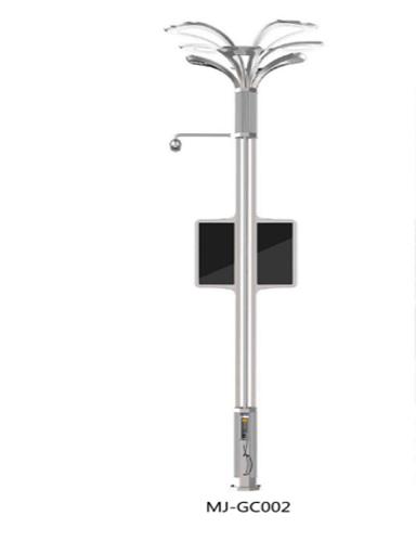 5G时代智慧路灯充电桩亮相运营